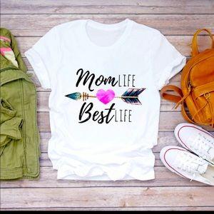 Women's Graphic Mom Best T-Shirt